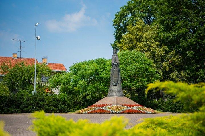 Памятник Литве (памятник «Короля Миндовга»)